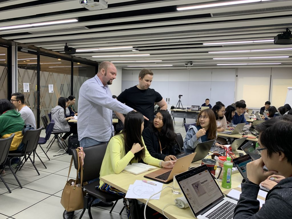 Design thinking training by Web Courses Bangkok and H+H Works